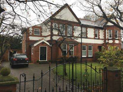 4 Bedrooms Semi Detached House for sale in College Avenue, Formby, Liverpool, Merseyside, L37