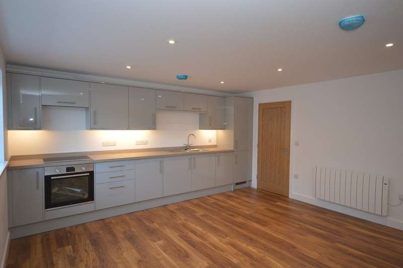 2 Bedrooms Terraced House for sale in Goonhavern, Truro