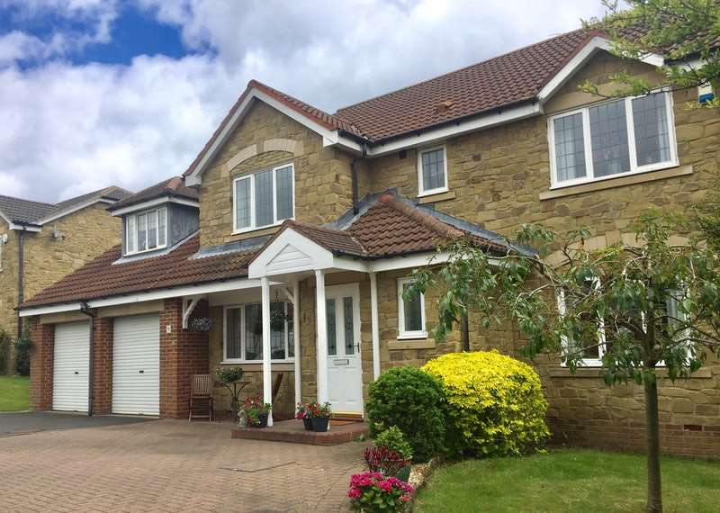 5 Bedrooms Detached House for sale in Low Farm, Ellington, Northumberland, NE61