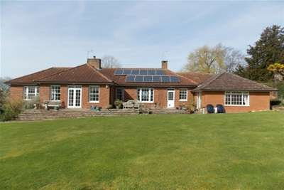 4 Bedrooms Detached House for rent in Pluckley, Kent