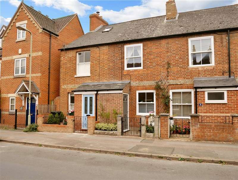 2 Bedrooms Terraced House for sale in Victoria Road, Abingdon-on-Thames, OX14