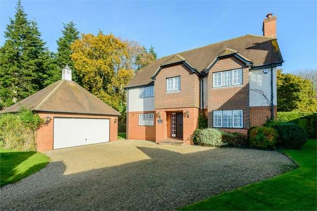 4 Bedrooms Detached House for sale in Queens Copse Lane, Holt, Wimborne, Dorset