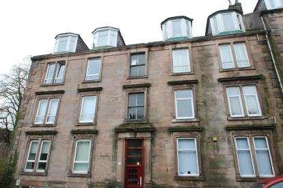 2 Bedrooms Flat for sale in Caddlehill Street, Greenock