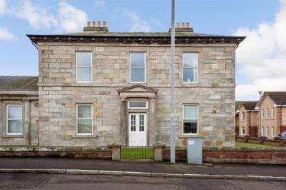 3 Bedrooms Flat for sale in Wood Place, Troon