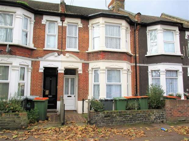 1 Bedroom Flat for sale in Macaulay Road, London