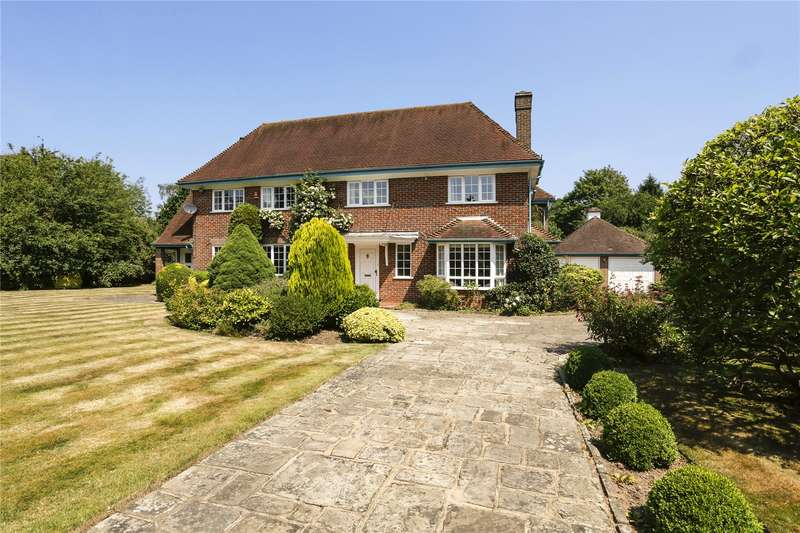 4 Bedrooms Detached House for sale in Devonshire Avenue, Amersham, Buckinghamshire, HP6