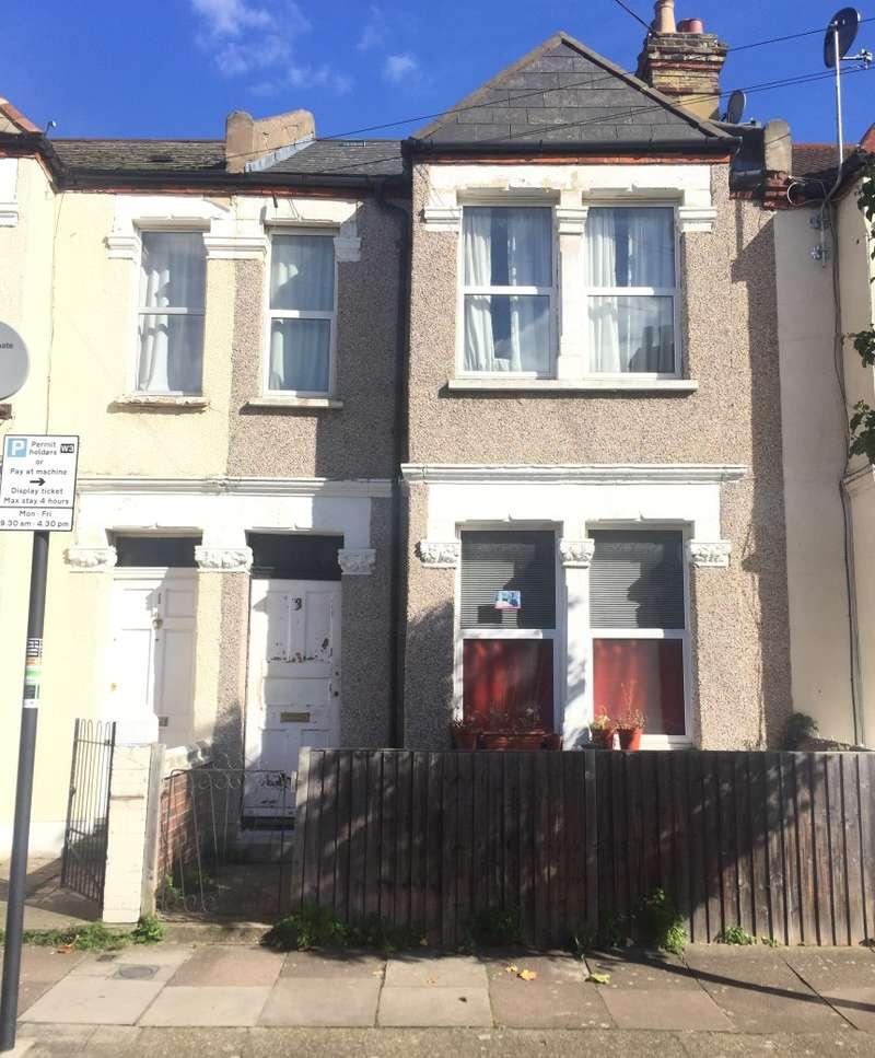 Flat for sale in 3 Crealock Street, Wandsworth, London, SW18 2BS