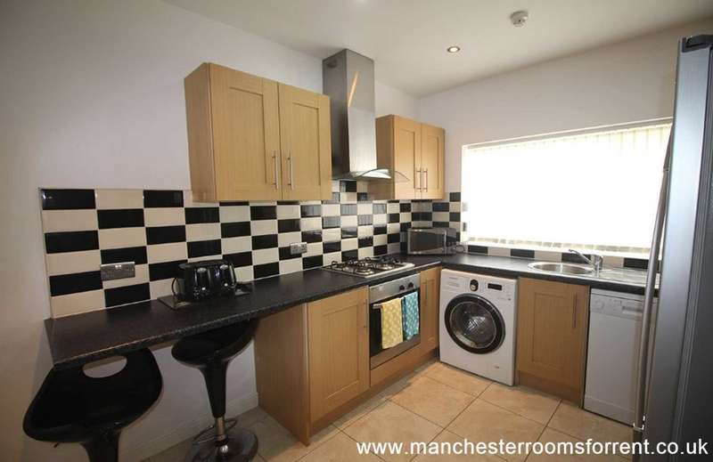 6 Bedrooms Terraced House for rent in 50 Braemar Road, Fallowfield, M14 6PS
