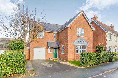 4 Bedrooms Detached House for sale in Parklands Drive, Weston, Crewe, Cheshire