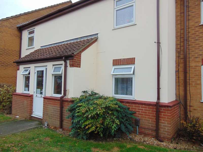 1 Bedroom Flat for sale in Brancaster Court, Wisbech, Cambridgeshire, PE13 3TN