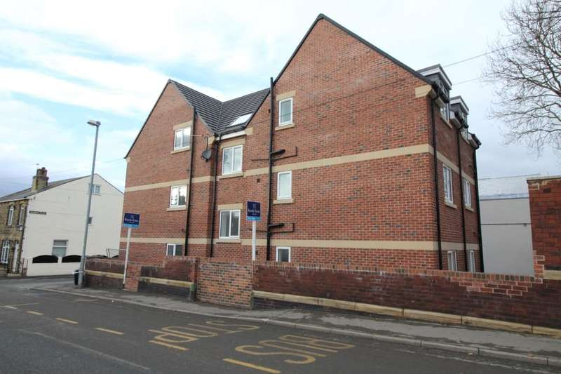 2 Bedrooms Flat for sale in Guildford Street, Ossett, WF5