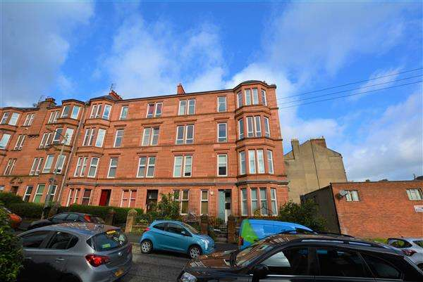 3 Bedrooms Flat for sale in Ingleby Drive, Dennnistoun, G31