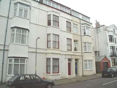 2 Bedrooms Apartment Flat for rent in Melville Terrace, Filey