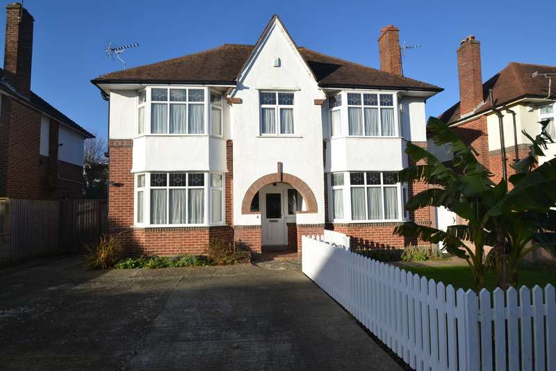 6 Bedrooms Detached House for sale in Boscombe