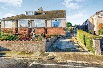 3 Bedrooms Bungalow for sale in Pennine View, Morecambe, LA4