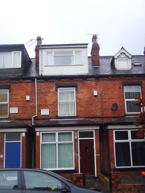 5 Bedrooms Terraced House for rent in Royal Park Avenue, Hyde Park, Leeds