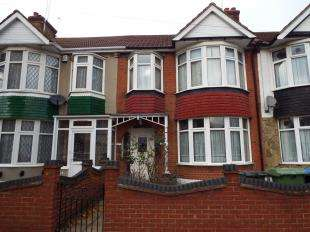 3 Bedrooms Terraced House for sale in Manton Road, Abbey Wood, London, Uk