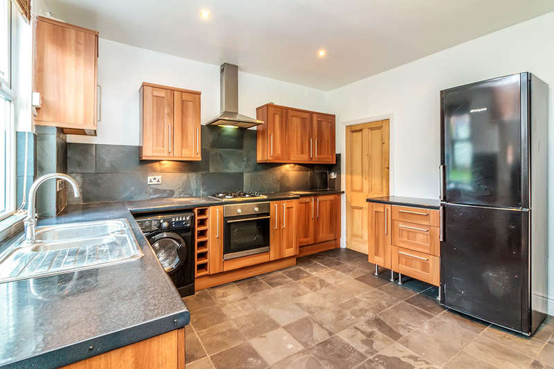3 Bedrooms Terraced House for sale in Fox Hill Road, Sheffield, S6