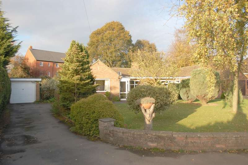 2 Bedrooms Detached Bungalow for sale in Crawford Close Bidford On Avon Alcester
