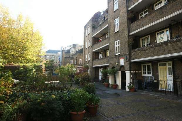 3 Bedrooms Flat for sale in Wapping Lane, London