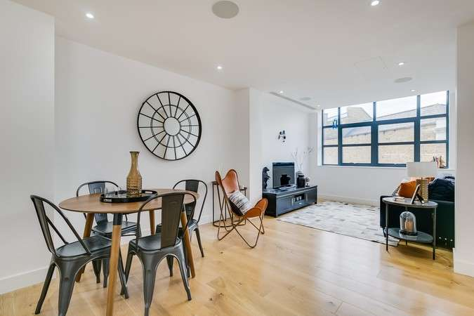 1 Bedroom Flat for sale in Linen House, Short Road, Chiswick