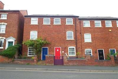 4 Bedrooms House for rent in Stourport-On-Severn, Worcestershire