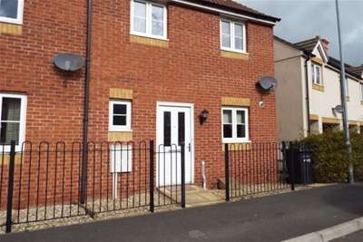 2 Bedrooms Terraced House for rent in Wyatt Way, Chard