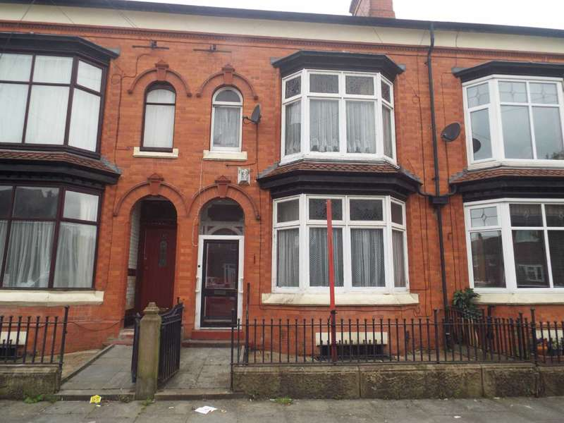 4 Bedrooms Terraced House for sale in Hermitage Road, Crumpsall