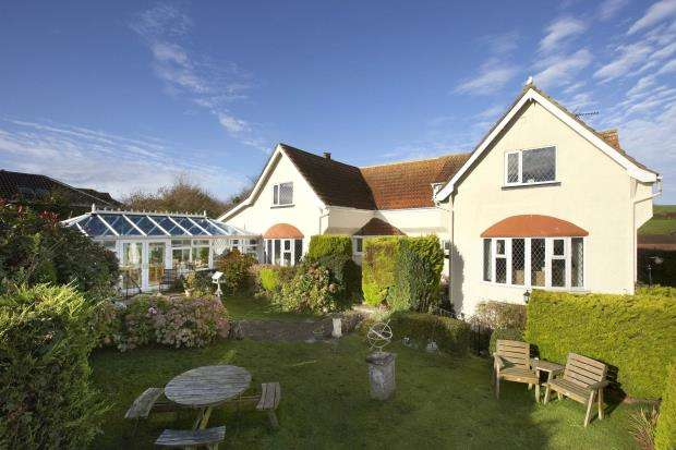 9 Bedrooms Detached House for sale in Hillhead, Brixham, Devon