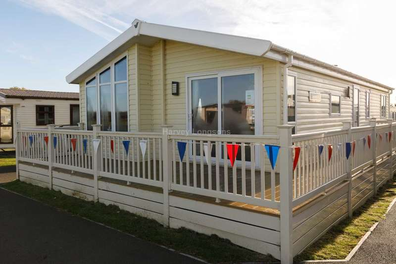 3 Bedrooms Lodge Character Property for sale in Steeple, Essex