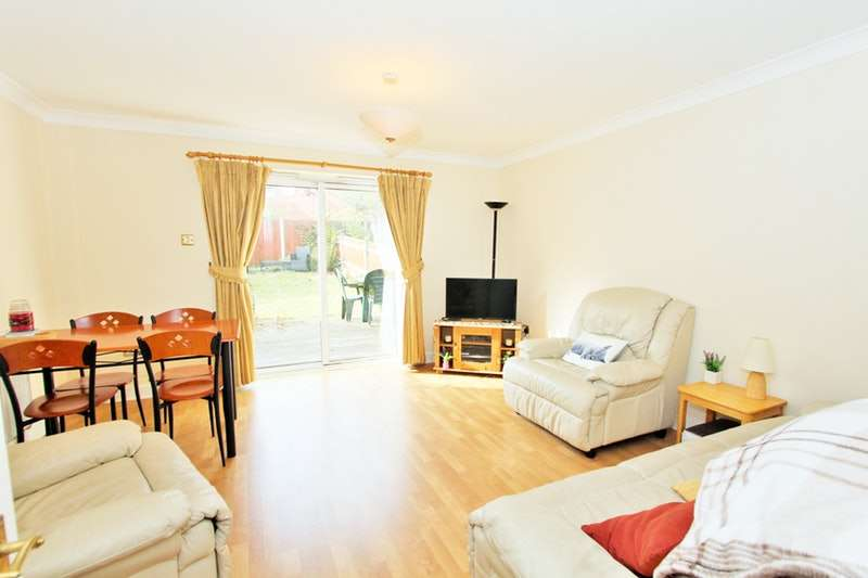 2 Bedrooms Terraced House for sale in Brook Drive, London, London, SE11