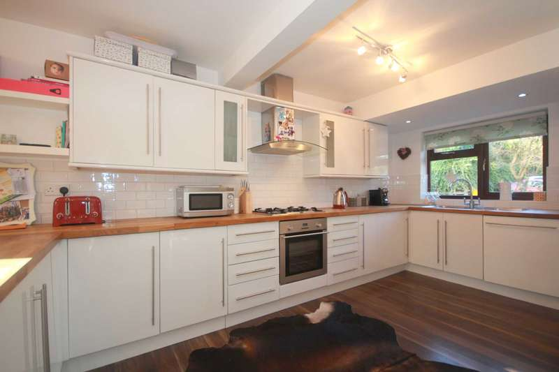 3 Bedrooms House for sale in 3 BED HOUSE IN EXCLUSIVE BOXMOOR PRIVATE DEVELOPMENT