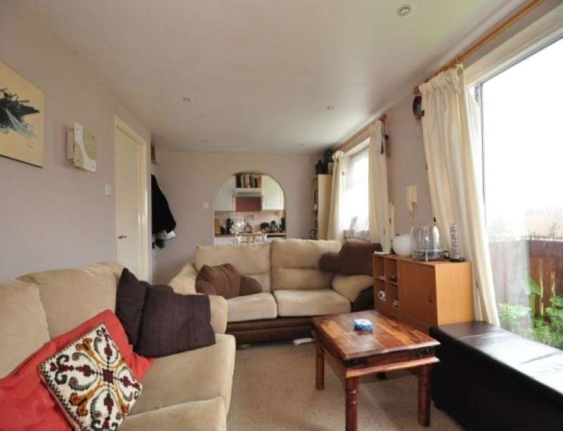 1 Bedroom Flat for rent in Itchen Court Crombie Close, Waterlooville, PO8