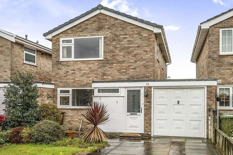 3 Bedrooms Detached House for sale in Heathfield Close, Formby, Liverpool, L37