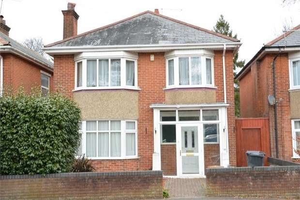 4 Bedrooms Detached House for sale in St Albans Crescent, Queens Park, Bournemouth