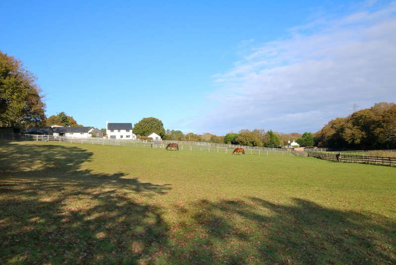 4 Bedrooms Land Commercial for sale in Ipers Bridge, Holbury, Southampton