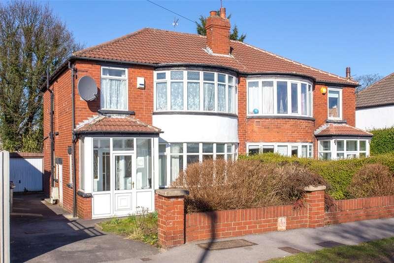 3 Bedrooms Semi Detached House for rent in West Park Drive West, Leeds, LS8
