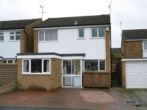 3 Bedrooms Detached House for sale in The Wranglands, Fleckney, Leicester