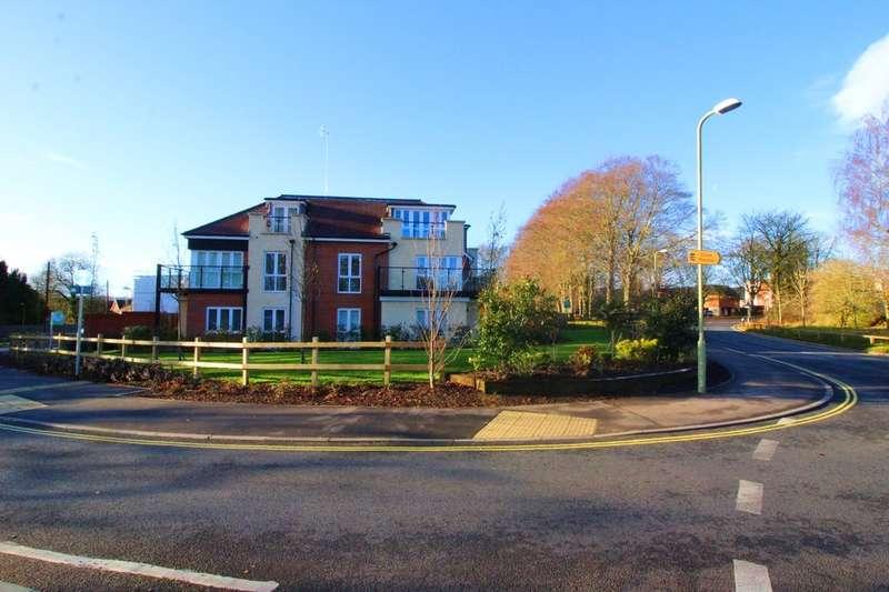 2 Bedrooms Flat for rent in Old Barn Mews, Basingstoke, RG24
