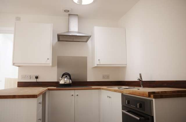 2 Bedrooms Apartment Flat for rent in Calcutt Street, Cricklade, Wiltshire, SN6 6BA