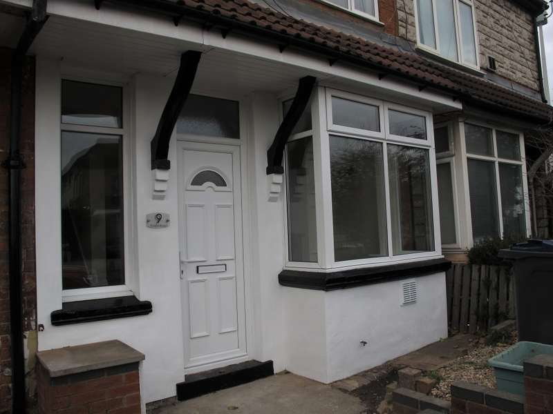 2 Bedrooms Terraced House for rent in Forest Road, Birmingham