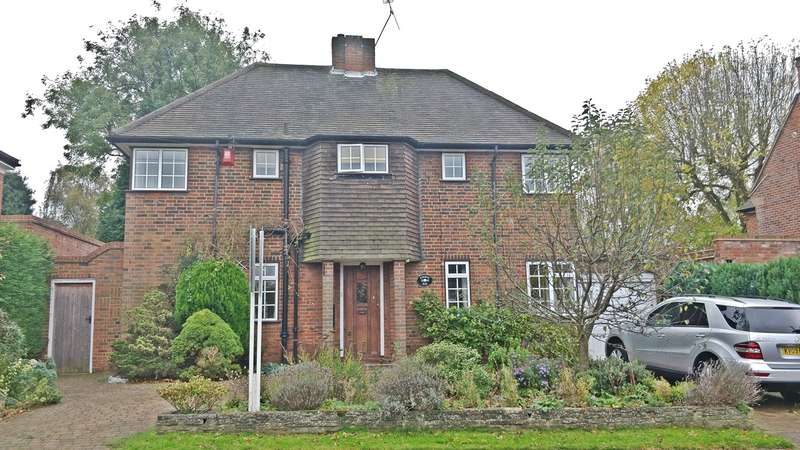4 Bedrooms Detached House for sale in Attimore Road, Welwyn Garden City, AL8