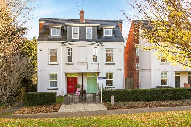 4 Bedrooms Semi Detached House for sale in Church Green Close, Kings Worthy, Winchester, Hampshire, SO23