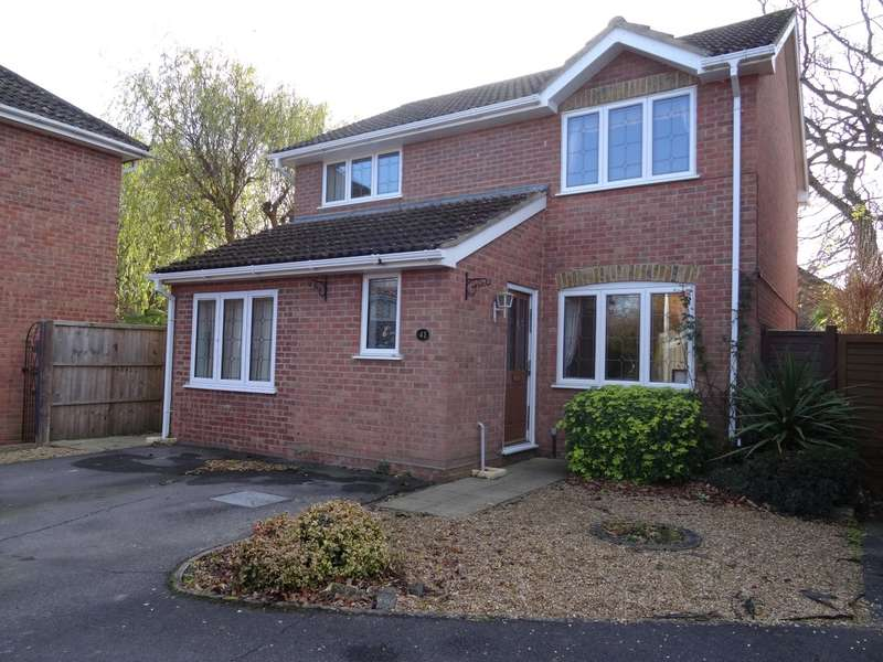 4 Bedrooms Detached House for sale in Martins Wood, Chineham
