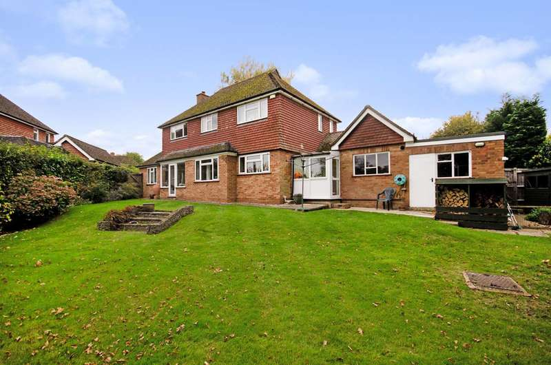 4 Bedrooms Detached House for rent in Rectory Close, Merrow, GU4