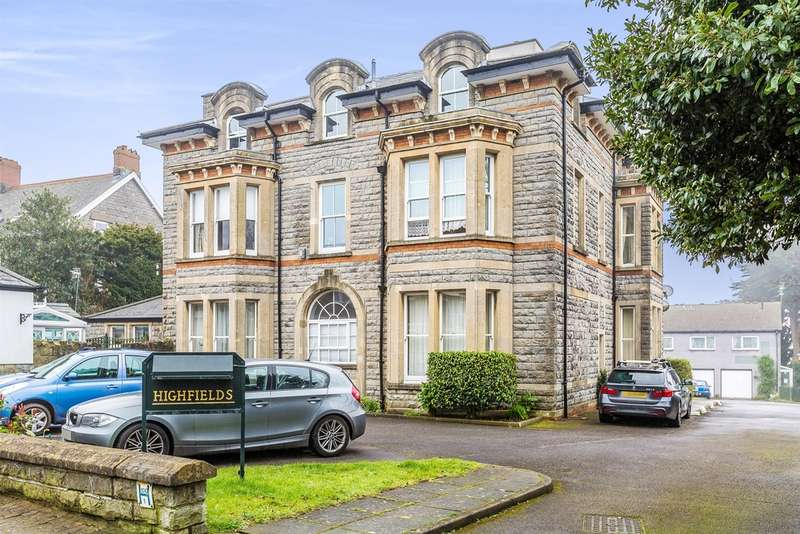 3 Bedrooms Penthouse Flat for sale in Bradford Place, Penarth