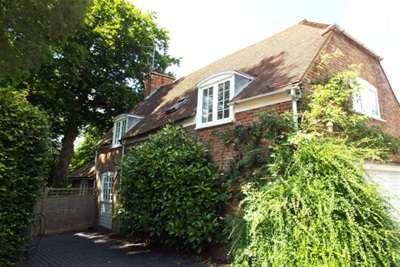 3 Bedrooms House for rent in Postern Lane, Tonbridge