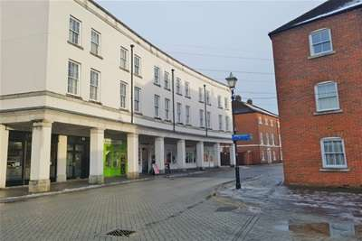 2 Bedrooms Flat for rent in Fairford Leys