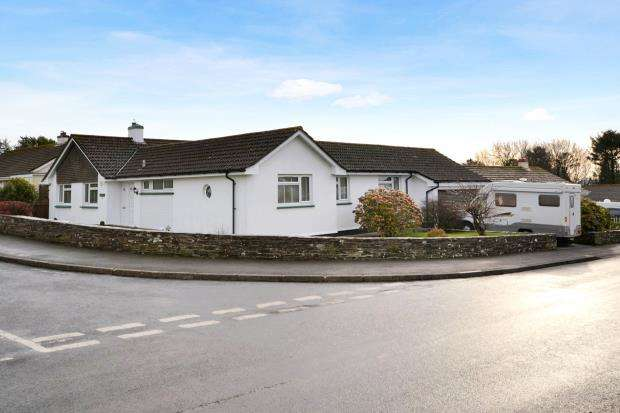 3 Bedrooms Detached Bungalow for sale in Barton Meadow, Pelynt, Looe, Cornwall