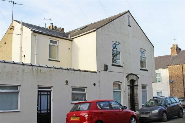 2 Bedrooms Flat for sale in Ovington Terrace, York